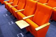 Theatersitze mit tisch prostar orange polsterung